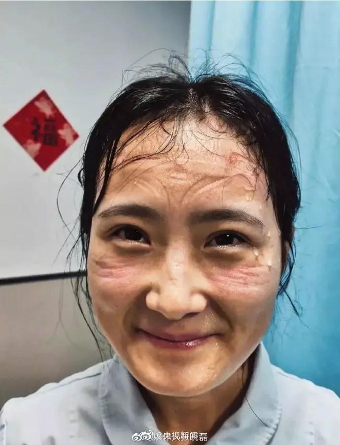 护士笑容.jpg